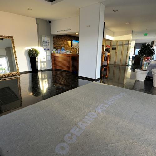 Réception Apartamentos Oceano Atlântico